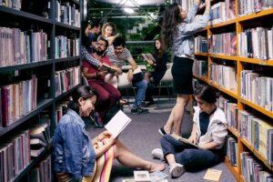 Zdjęcie nagłówkowe otwierające podstronę: Uwaga studenci! Kursy zmienne ogólnouczelniane – nowe szczegóły